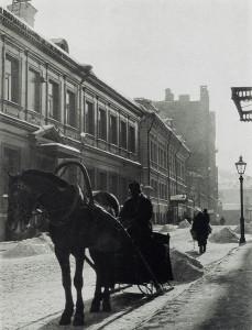 Извозчик. Малый Кисельный переулок. Москва, 1926 г. Фотограф: Родченко А.М.