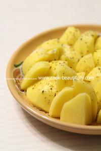 Приправляеем картофель