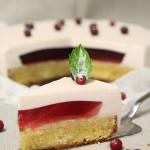 Торт йогуртовый с желе Лесная ягода