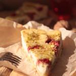 Творожный тарт с клубникой и фисташкой