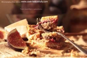 Тарт сливовый с миндальным крамблом