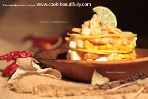 Салат с креветками и яблоком